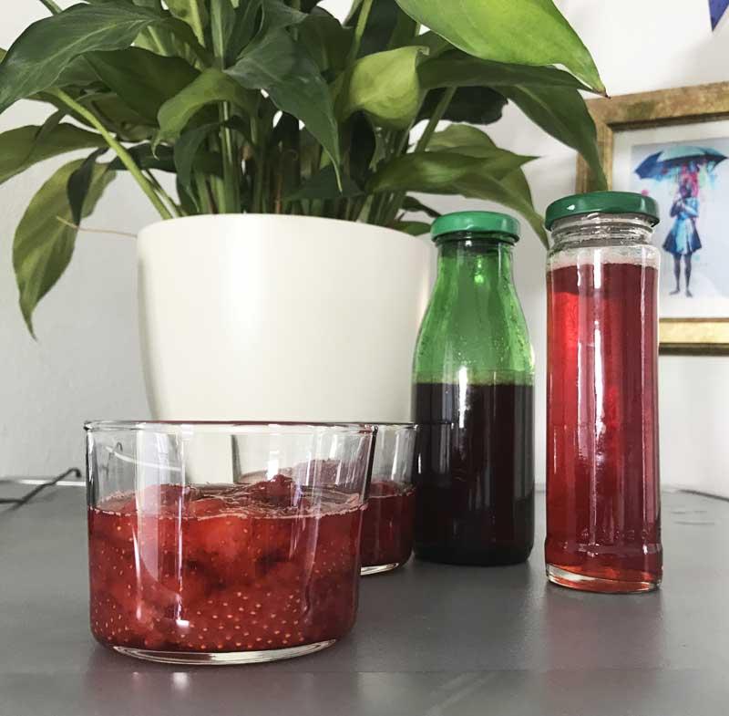 Selbst gemachter Erdbeer-Sirup